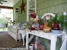 Google Image Result for http://www.front-porch-ideas-and-more.com/image-files/front-porch-decorating-b.jpg