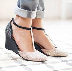 t-bar shoes ww.laredoute.gr/SOFT-GREY-Goves-me-platforma_p-260059.aspx?prId=324418173