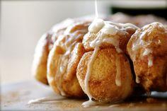 cinnamon sugary monkey bread