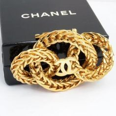 Vintage Chanel Three Loop Chunky Chain Brooch Pin Rare Mint. 18K Gold, 1970s