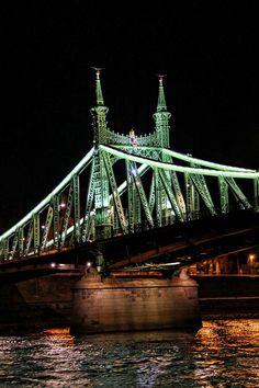 ✮ Liberty Bridge - Budapest, Hungary