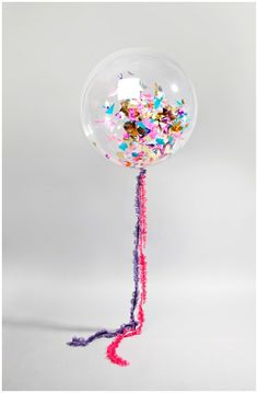 Ballon + confetti + helium = fun party decor