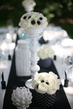 Modern anemone centerpieces. Black and white.