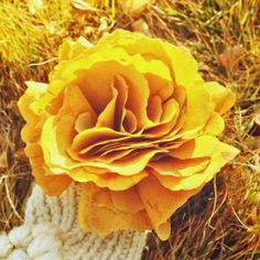 Ginkgo leaf bouquet | via rockbaroque