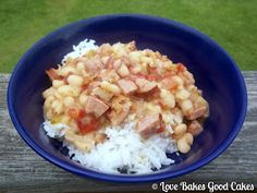 Love Bakes Good Cakes: White Beans with Rice