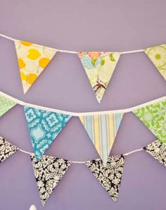 Easy DIY fabric pennant banner tutorial (Emphasis on EASY)