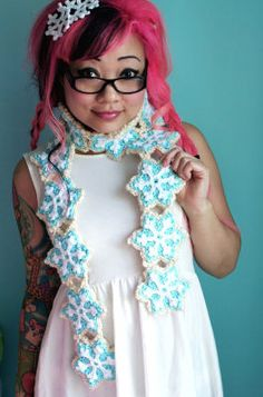 Snowflake Sugar Cookie Scarf (Crochet)