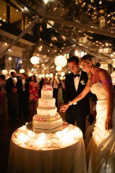 St Regis Deer Valley Utah blush wedding : wedding cake : Joey Kennedy Photography