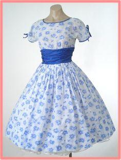 50's Blue Floral Full Skirt Tea Dress
