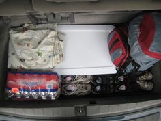 Emergency Car Kit: Prepare for everyday emergencies (mom, I spilled my drink!), car specific emergencies (flat tire?), weather emergencies and more!