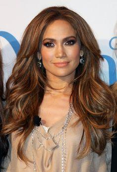 Jennifer Lopezs long, full-bodied hairstyle