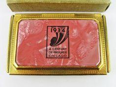 1933 1934 Chicago Worlds Fair Century of Progress Charmant Vashe Compact w Box