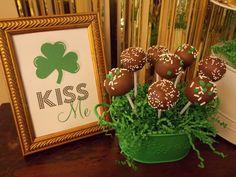 kiss, frames, cakes, cake pops, cut paper, baskets, cakepop, st patricks day party, parti