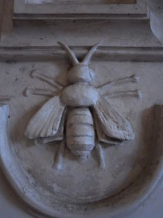Barberini Bumble Bee by 317537, via Flickr