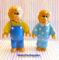 Vintage Happy Meal McDonalds Toys Berenstain Bears  Just had a vivid flash back of playing with these when I was a kid. They lived in my doll house. Circa 1986
