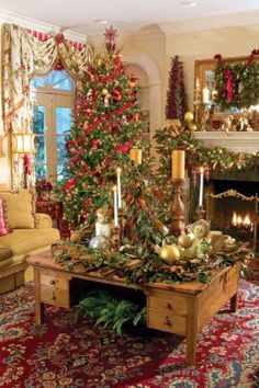 Paula Deen's family room during the holidays
