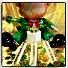 Happy St. Patrick's Day! Here is Park Lane's favorite Arm Candy!   #parklanejewelry #stpatricksday #green #gold #bling