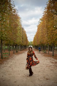 Tuileries Gardens In The Fall - Gal Meets Glam