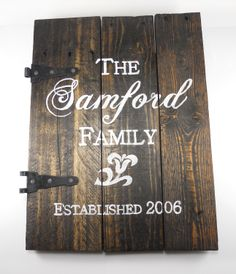 Established date sign ,Personalized name sign, Aged pallet wood
