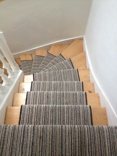 And he does it again, one of our top fitters, sends it a beautiful runner he fitted in a customers home :D Who else wants it ? #lovefromthefloorup https://www.facebook.com/EdinburghCarpetWarehouse?ref=hl