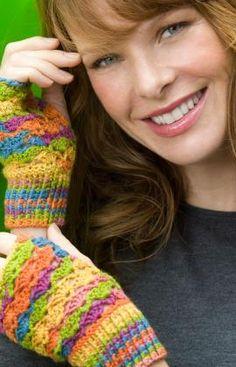 Fingerless gloves - free pattern