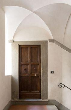LuigiFragola - desire to inspire - desiretoinspire.net / Get started on liberating your interior design at Decoraid (decoraid.com).