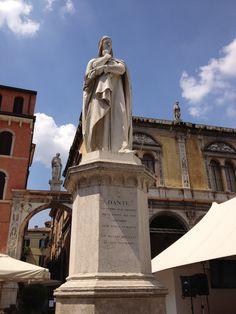 Dante Alighieri - Piazza dei Signori, Verona