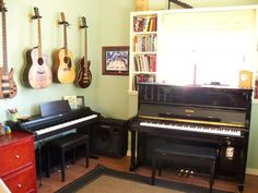 Lori Schneider's Music Studio - Home