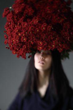 wow   flowers   fashion editorial   headdress   floral   spring   www.republicofyou.com.au