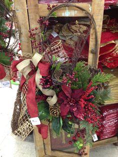Country style Christmas front door hanging arrangement