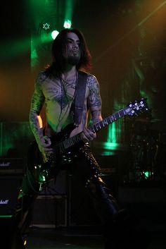 Dave Navarro of Jane's Addiction in Tulsa.
