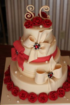 Bows and Roses Wedding Cake