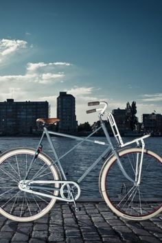 Roetz Bikes. Not just a bike, Roetz-Bikes are sustainable bikes. Made from a combination of recycled parts and additional, durable materials. They are robust city bikes with a cool, retro look. They prove that it's possible to reduce waste and make beautiful bikes at the same time.  http://roetz-bikes.com/english/more-than-a-bike