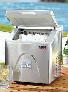 Our Portable Ice Maker freezes 12 ice cubes every 6-8 minutes, generating up to 30 pounds of ice in 24 hours.