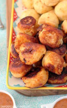 cook foodist, parmesan potato, potatoes, potatoe appetizers, potato puffs, butter garlic sauce, yummi, recip, side dish