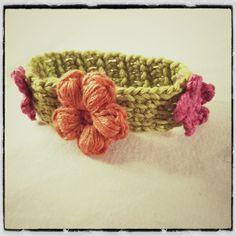 Crochet Tunisian Flower Bracelet - Tutorial