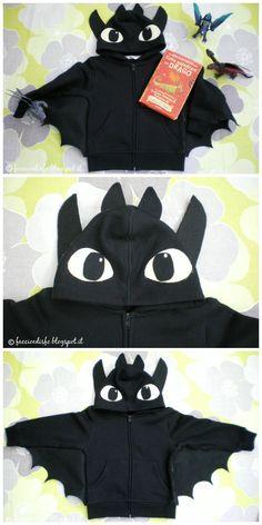 Faccio e Disfo - Dragon Trainer: il costume di Sdentato . How to train your dragon: Toothless costume #nightfury