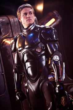 """Charlie Hunnam looks great in anything or nothing at all, but he is especially hot in the movie """"Pacific Rim."""""""