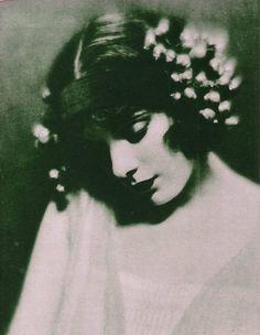 Alma Rubens par Edward Thayer Monroe