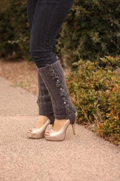 wondering how i was to wear my legwarmers.. cute