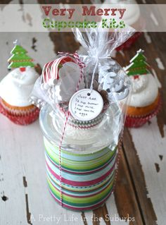 Very Merry Cupcake Kits!  Home made gifts - give a batch of home made cupcake mix, with cute cupcake liners & toppers!  Fun!  Pin includes recipe!