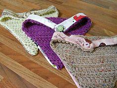 Ravelry: Bandana Dribble Bib pattern by Maria Whetman