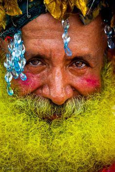 http://1.bp.blogspot.com/-cGtPhSDDj-M/Tgtwt8xcqUI/AAAAAAAAAmY/HRbc_P7wbYQ/s1600/2011+Mermaid+Parade-3.jpg