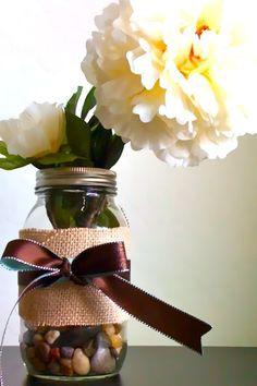 Burlap/mason jar centerpiece