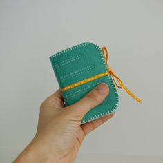 handy sewing needle case