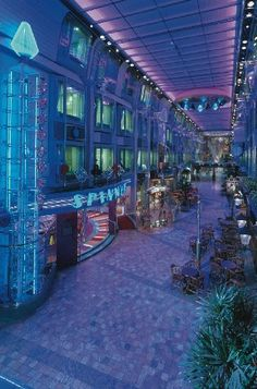 Grand Promenade Voyager of the Seas