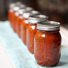 Roasted garlic and pepper tomato sauce