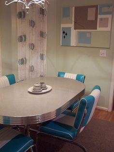 50's Dinette Set ~ Love this!