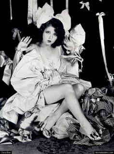 Clara Bow the original inspiration for Betty Boop! vintag, peopl, clara gordon, style, beauti, bows, classic hollywood, roar twenti, clara bow