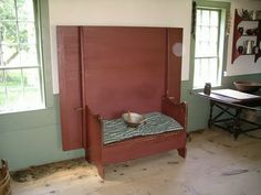 Colonial America table bench http://colonial-american-life.blogspot.com/e life